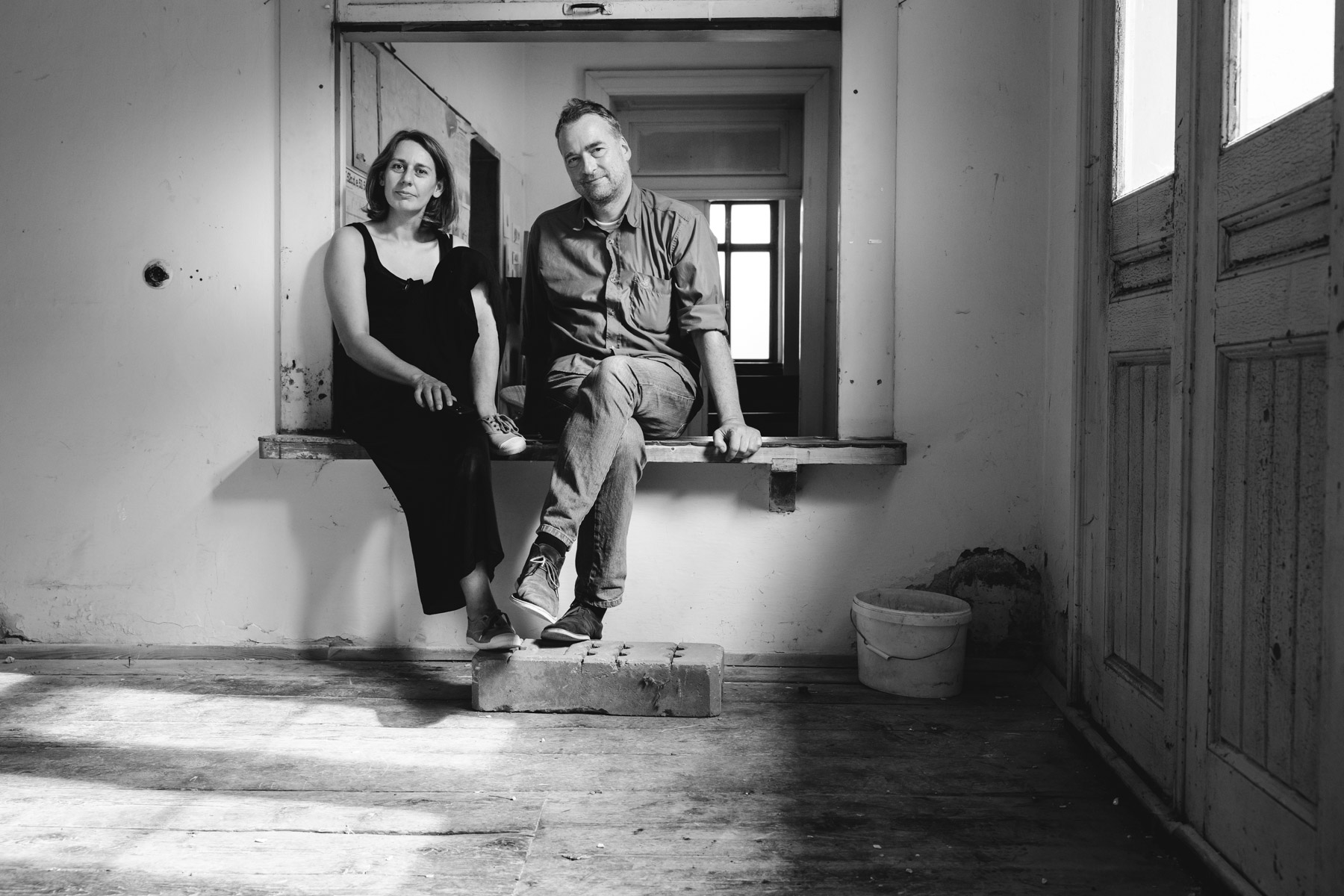 Fotografie am Bahnhof: Lisa Lux und Andreas Bernthaler (c)lisalux
